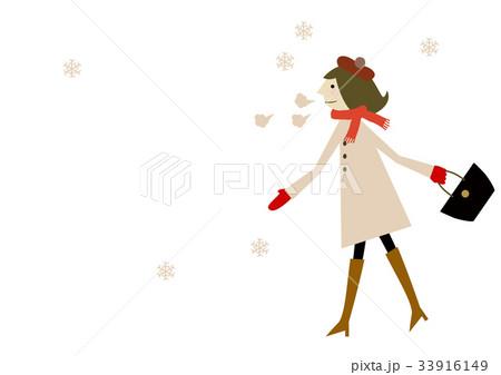 コートを着た女性 冬のイメージ 33916149