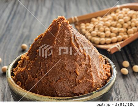 味噌 発酵食品 伝統食 調味料 大豆 ざる 33917186