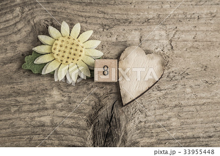 template for women's day on wooden backgroundの写真素材 [33955448] - PIXTA