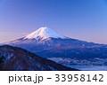 厳冬 河口湖 富士山の写真 33958142