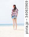 若い女性 旅行 34063969