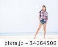 若い女性 旅行 34064506