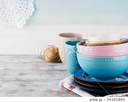 Ceramic crockery on wooden backgroundの写真素材 [34163864] - PIXTA