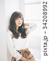 若い女性のヘアスタイルイメージ  34208992