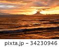 富士山 夕焼け 海の写真 34230946