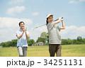 ゴルフ ミドル 夫婦 スポーツ ゴルフ場 イメージ 34251131