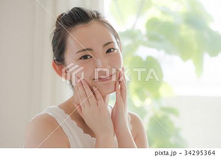 ビューティーイメージ 若い日本人女性 34295364