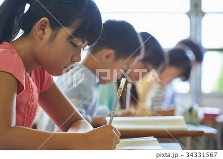 小学校 授業 教室 34331567
