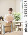 カフェ カフェ店員 喫茶店の写真 34351508