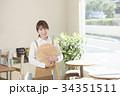 カフェ カフェ店員 喫茶店の写真 34351511