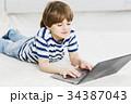 少年 男の子 男児の写真 34387043