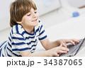 少年 男の子 男児の写真 34387065