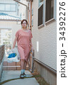 housewife 34392276
