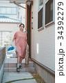 housewife 34392279