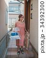 housewife 34392300