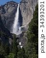 アメリカ合衆国 ヨセミテ国立公園のヨセミテ滝 34393201
