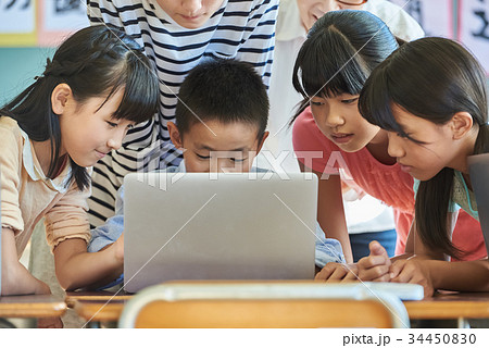 小学校 授業 パソコン 34450830