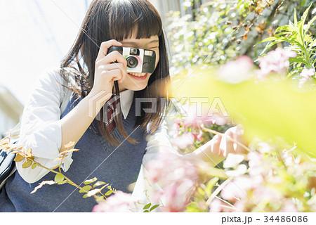 女子高生 写ルンです 使い捨てカメラ 34486086