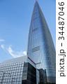 青空にそびえる ロッテワールドタワー 34487046