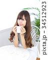 女性 若い カフェの写真 34512923