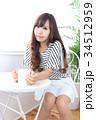 女性 若い カフェの写真 34512959