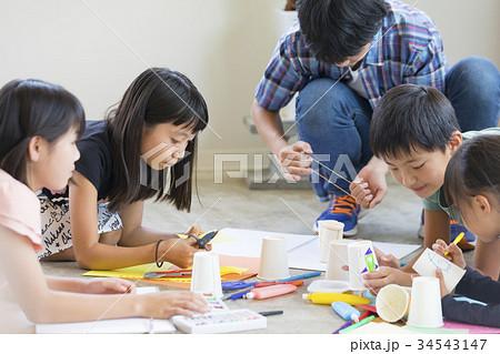 学童保育 図画工作  34543147