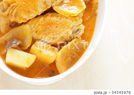タイ料理のレットカレー 34545979