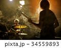 バンド 演奏 楽器の写真 34559893