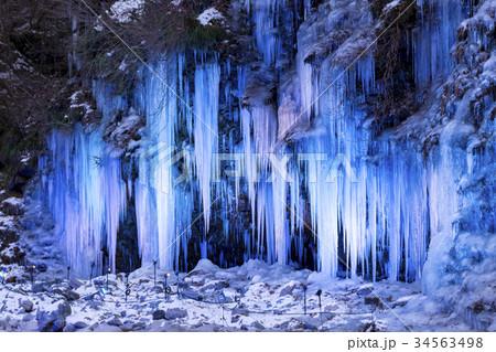 三十槌の氷柱 ライトアップ 秩父 34563498