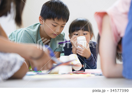 小学生 授業 教室 34577390