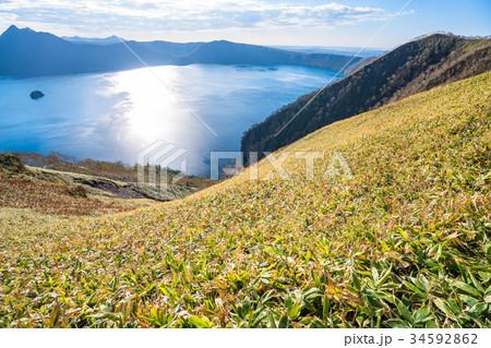 《北海道》秋の摩周湖 34592862