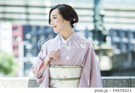 着物の女性 34656021