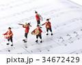 フィギュア 演奏 楽譜の写真 34672429