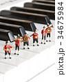 音楽隊、奏でる 34675984