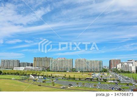 秋晴れの青空 街の風景 34706875