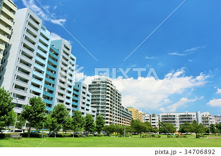 青空と街のマンション 34706892