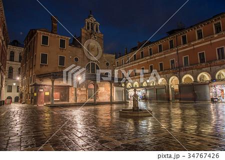 ヴェネツィア サン・ジャコモ・ディ・リアルト教会 34767426