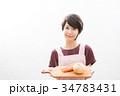 ショートヘア 女性 若いの写真 34783431