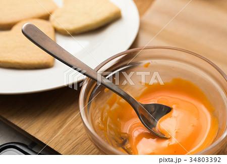 お菓子作り 34803392