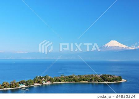 景勝地 大瀬崎からの富士山と駿河湾 34820224