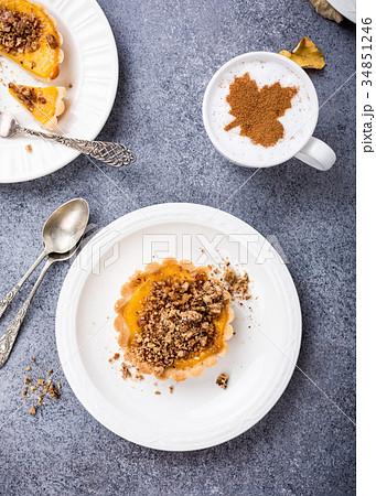 Pumpkin mini pie 34851246