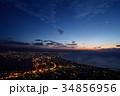 函館の朝焼けと月 34856956