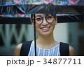 女性 雨 梅雨の写真 34877711
