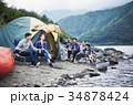 キャンプを楽しむ家族 34878424