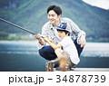 釣りを楽しむ家族 34878739