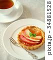 紅玉リンゴのタルトと紅茶(縦位置) 34881528