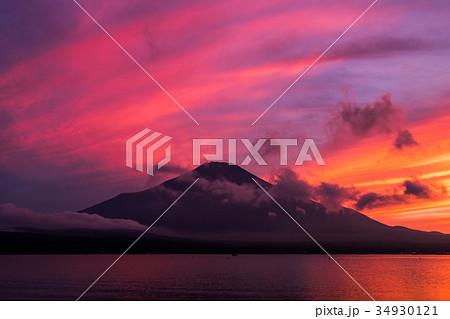 富士山 夕焼け 台風一過 山中湖 34930121