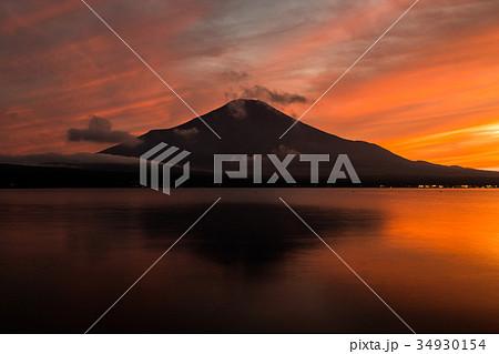 富士山 夕焼け 台風一過 山中湖 34930154