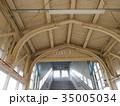 古いレールを活用した駅舎 35005034