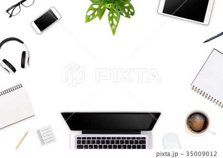 Modern workspace with laptop tablet, smartphone の写真素材 [35009012] - PIXTA